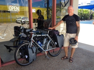 Ian with his fully loaded Surly Long Haul Trucker. Total weight - 42kgs.