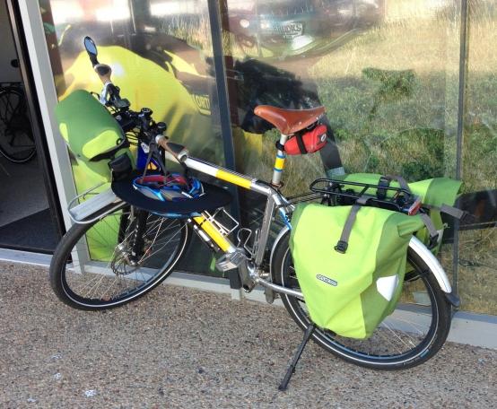 Schwalbe Big Apple tyres on pub bike