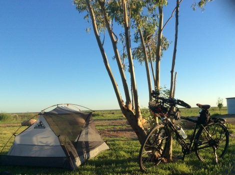The Bicycle Pedlar - Julia Creek caravan park