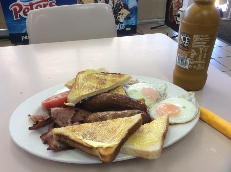 The Bicycle Pedlar - truckie breakfast!