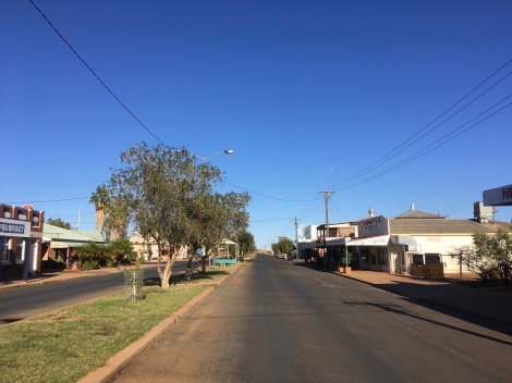 The Bicycle Pedlar - cycle touring Quilpie
